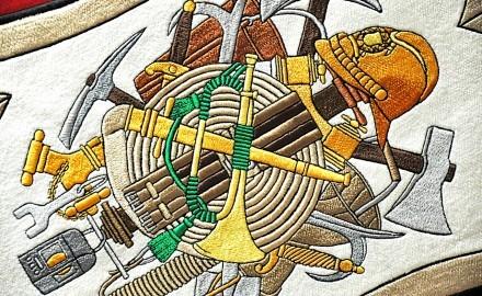 Tradičná výšivka je majstrovským remeslom, ktoré pretrváva stáročia