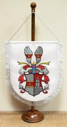 Vyšívaná stolná vlajočka s osobním znakom