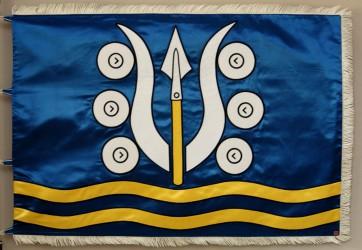 Saténová vyšívaná vlajka obce Dlhá Ves
