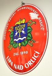 Smaltovaná oválna ceduľa s hasičským znakom