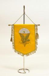 Stolné vyšívané vlajky pre kluby