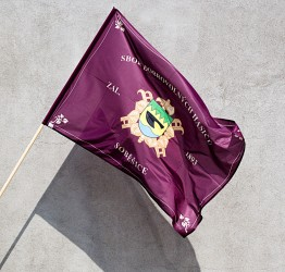 Tlačená vlajka hasičská s vlastným znakom zboru