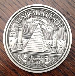 Ukážka zákazkovej výroby pamätných mincí