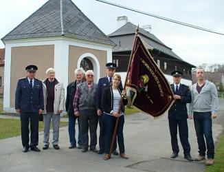 Slávnostné žehnanie novej hasičskej zástavy