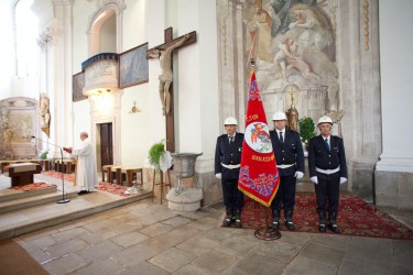 Slávnostné požehnanie repliky historického práporu SDH Blučina