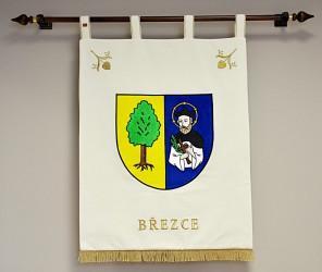 Vyšívaný znak obce Březce vo veľkom prevedení