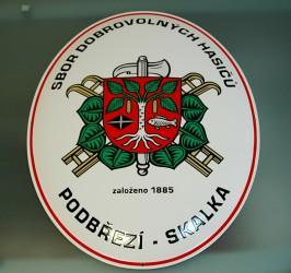 Ukázka realizace smaltovaného oválu pro SDH Podbřezí-Skalka